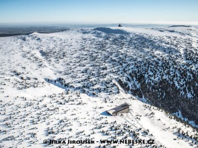 Labská bouda v zimní J2173