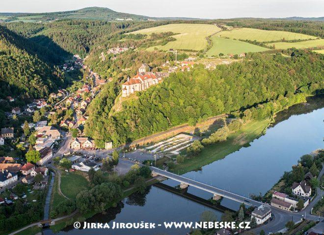 Zámek Nižbor J2196