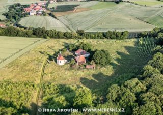 Hradiště Dřevíč a kaple sv. Václava J2243