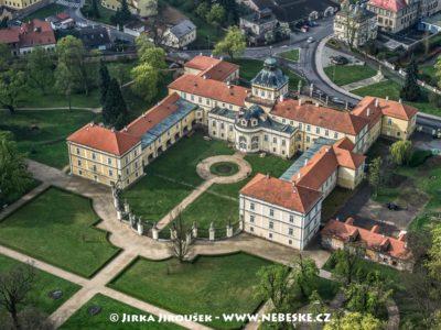 Hořovice zámek J2466