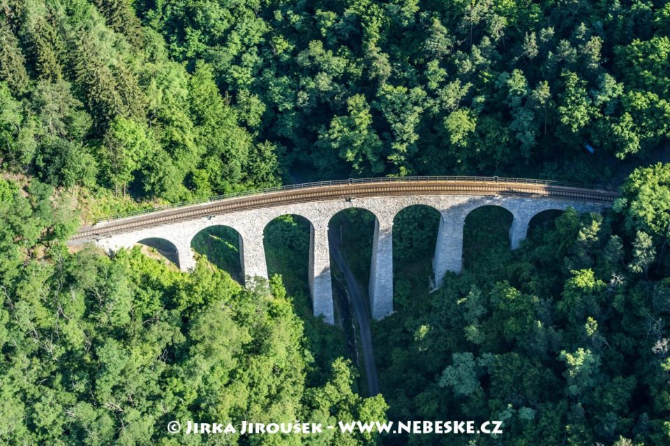 Železniční viadukt Žampach J2324