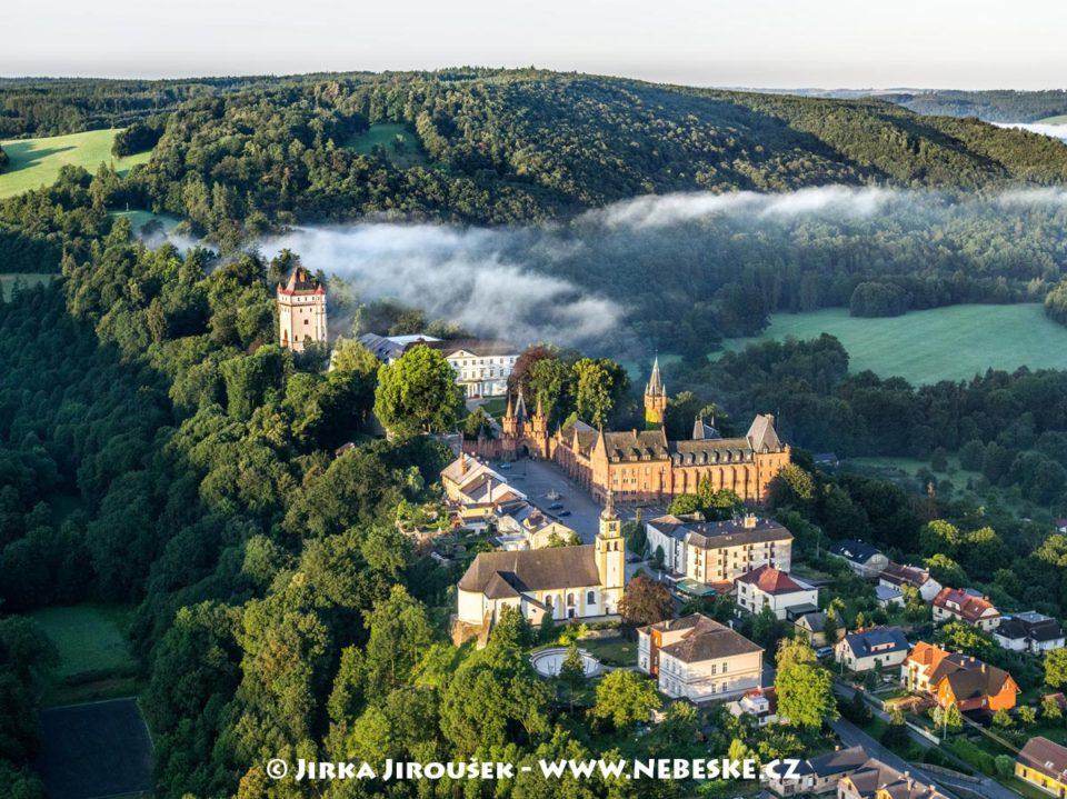 Hradec nad Moravicí – zámek J2475