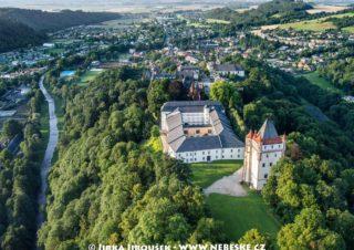 Zámek Hradec nad Moravicí a Moravice J2478