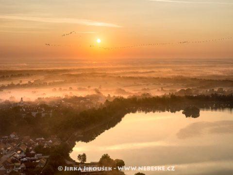 Rybník Svět a okraj Třeboně J2301