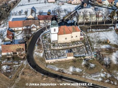 Vysoký Újezd – kostel Narození Panny Marie J2315