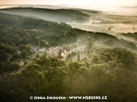 Sanatorium Pleš J2498