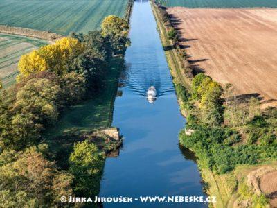 Vraňansko-hořínský plavební kanál na Vltavě J2436