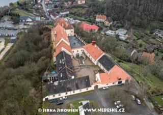 Zámek Nižbor J2583
