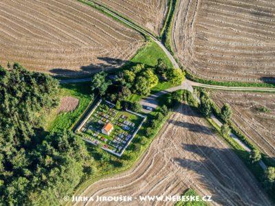 Hřbitov Smolotely J2410