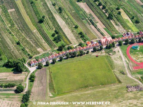 Čejkovice J2409