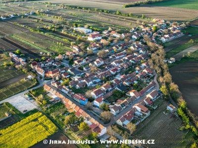 Prušánky – Nechory J2659