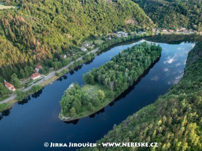 Ostrov sv. Kiliána na Vltavě u Davle J3073