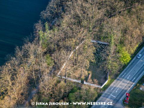 Hluboká nad Vltavou – židovský hřbitov J3083