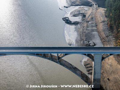 Zbytky původního mostu, Podolsko, 2019 J2816