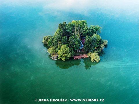 Ostrov na Světě – Třeboň J3312