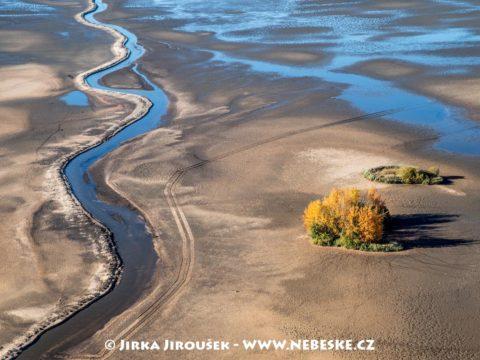 Rybník Rožmberk vypuštěný J3317