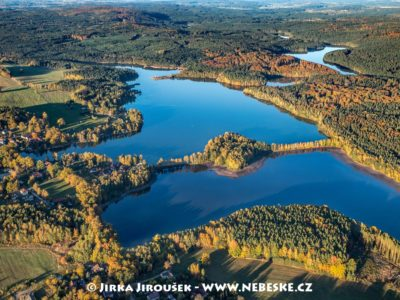 Staňkovský rybník a Špačkov v říjnu J3326