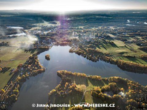 Chlum u Třeboně a rybník Hejtman J3239