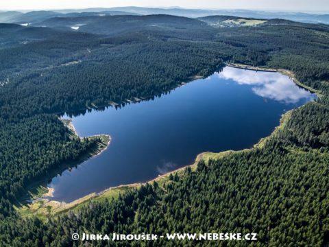 Vodní nádrž Bedřichov letní J3401