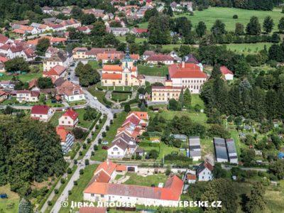 Chlum u Třeboně a Náměstí J3241