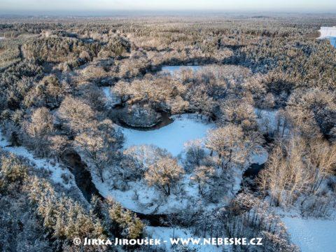 Lužnice pod Suchdolem v zimě J3237